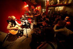 Barcelona protege la música en vivo en locales de pequeño formato